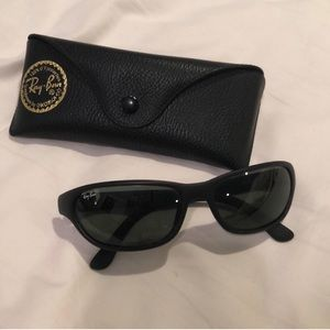 Black Ray Bans